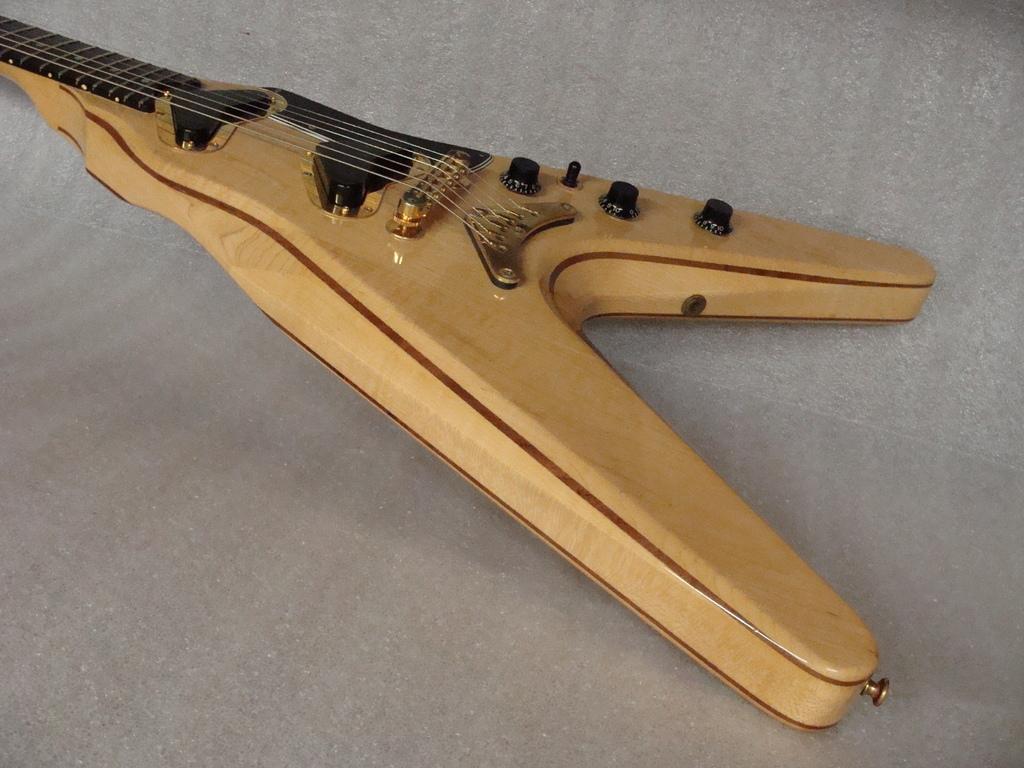Gibson Flying V2 V2_02